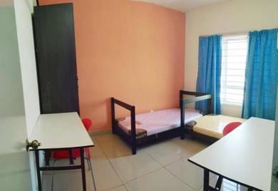 FEMALE room Casa Residenza , MRT , SEGI University , Kota damansara