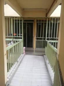 Julia apartment selayang