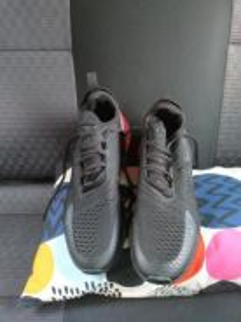 Kasut Nike max 270