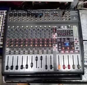 Power Mixer BehringerEUROPOWER