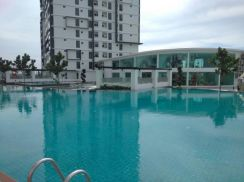 Klang,Maple Residences condominium NEWLY RENOVATED FULLY FURNISHED