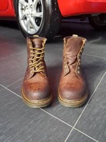 Dr. martens crazy horse boots