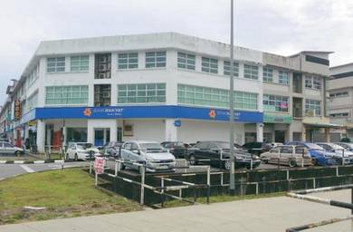 Rooms at Uni Central Commercial Centre, Opposite UNIMAS Main Entrance