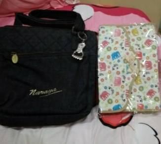 Authentic Naraya handbag (free pocket pouch)
