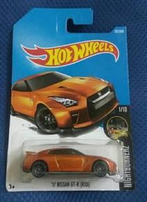 Hotwheels '17 Nissan GT-R (R35) Orange