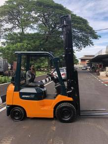 Japan Direct Import TOYOTA 1.5 Ton Forklift Auto