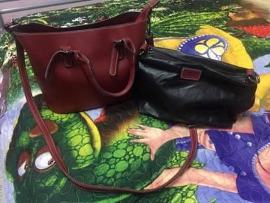 Cr2 sling bag