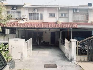 Cheapest in town, Taman Pinggiran Putra, Seri Kembangan, Double Storey