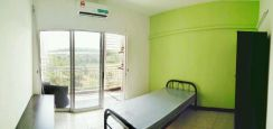 ROOM at cova villa near SEGI , CASA residenza , Kota Damansara MRT