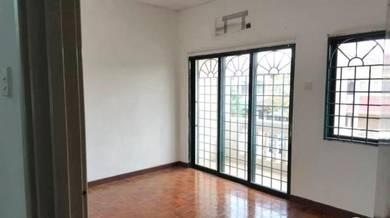 2 sty house (AIRCOND) Taman Puchong prima