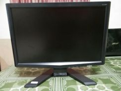 Monitor Acer lcd 17Inch