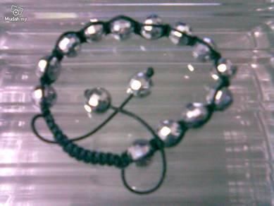 ABBSB-C001 Pretty Silver Gray 10mm Black Bracelet
