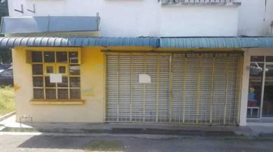 Corner lot shop for rent