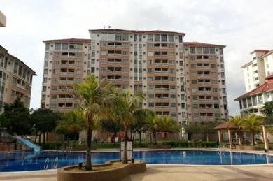 CONDO Ala-Resort (15 mins Putrajaya) - BEST utk FAMILY