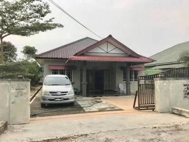 [FREE LED TV] FREEHOLD banglo setingkat seksyen 30 Jln kebun klang