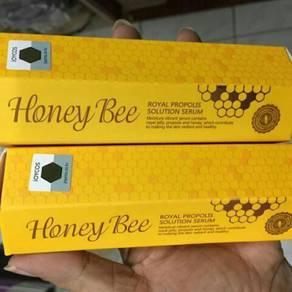 Honey bee serum
