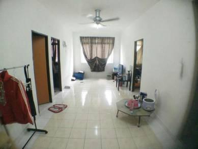 Camelia Courtc Apartment level 1 Nilai