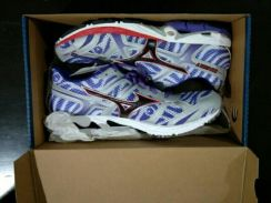 Mizuno Running Shoes For Sale.