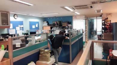 Seri kembangan, Taman Universiti Indah, 2 Storeys Shop lot, Freehold