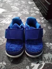 Adidas orginal shoes