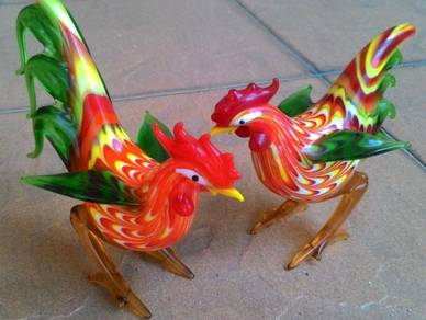 Dy MultiColour Glass Designed Rooster & Hen