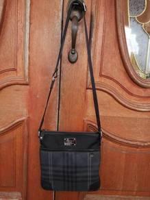 Bean pole Sling Bag