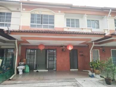 Cheap!!! Cheap!!! Puchong Kinrara Damai Utama terrace house 22x75