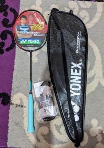 Reket Yonex Astrox 88D