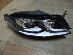 Volkswagen CC 2012 Original Xenon Headlamp