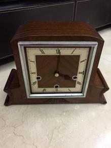 Jam antik, antique clock