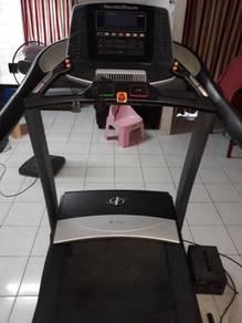 Treadmill nordicktrack utk dijual