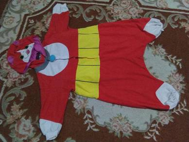 Vintage costumes by bandai size 130