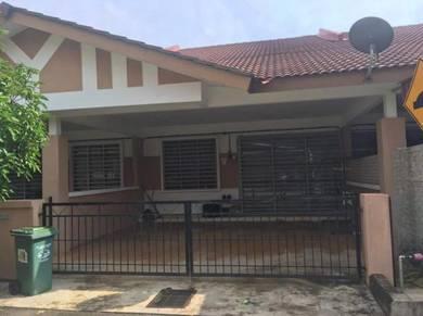 Rumah Kampung Padang Permai, Kuantan, Pahang