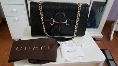 Authentic Brandnew Gucci Emily Shoulder Bag