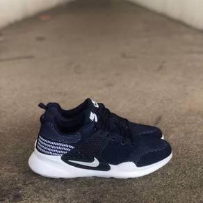 Nike epic navy blue