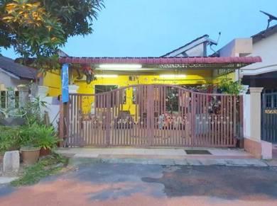 Rumah BUMI LOT SIAP RENO dan EXTENDED di TMN MAWAR, NO FACING HOUSE !!
