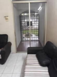 Apartment Okid shah alam ulu klang selangor sale partly funrnished uni