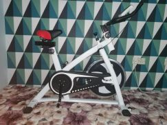 Fitness Indoor Exercise Cycling Bike Exercise