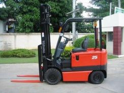 2.5 ton 6m side shift battery forklift