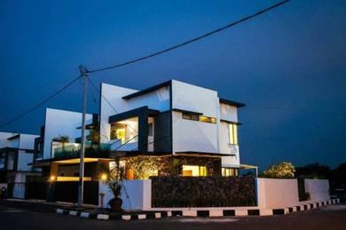Rumah semi d 2 tingkat taman desa pulai (modern house)