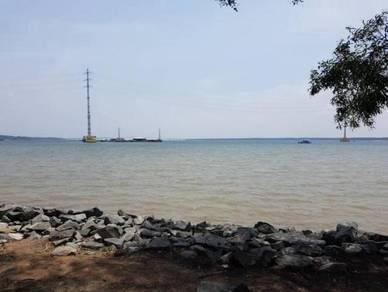 2.5 acre sea side land/scenic spot/freehold/Johor Lama
