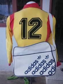 Adidas Vintage Messenger Sling Bag vtg White Color