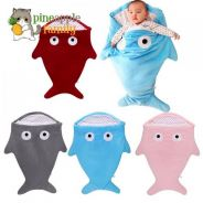 Sleeping bag / baby shark blanket 05