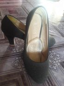 Kasut heels