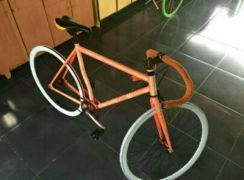 Fixie bicycle.