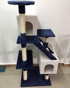 Cat tree playhouse