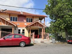 Freehold corner lot at Tmn Melaka Perdana, Alor Gajah