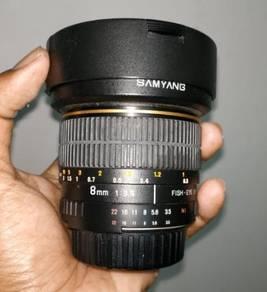 Samyang 8mm f3.5 Fisheye Lens