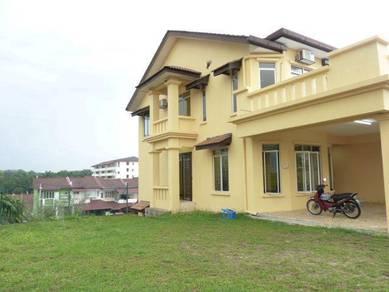 (CORNER LOT) 2.5 Storey House, Suria grande, taman bukit Semenyih
