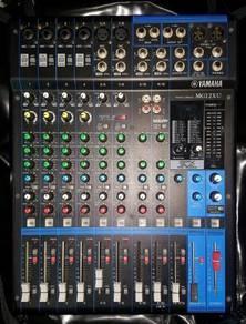 Yamaha mg12xu mixer console